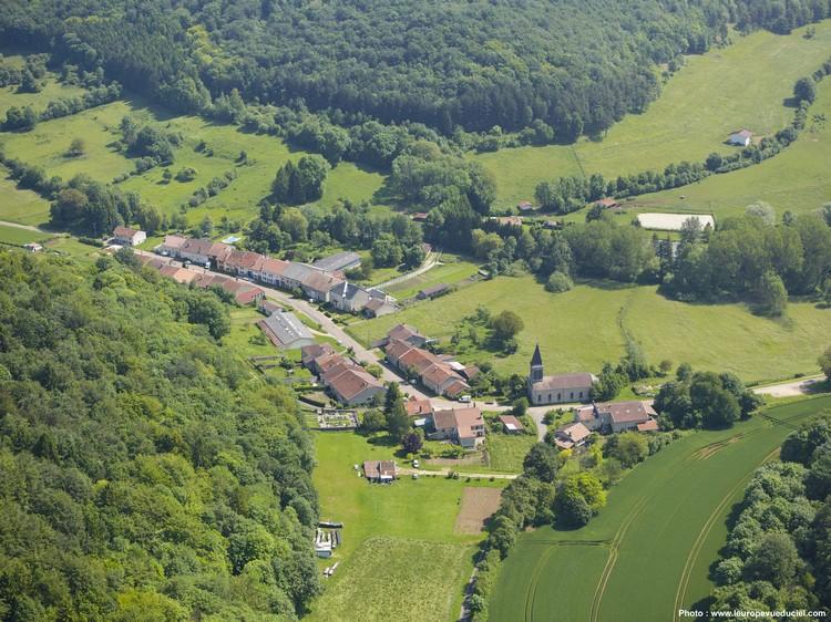 Varvinay , Senonville et Savonnières en Woëvre  (Meuse)